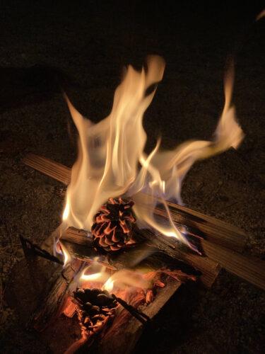 こども専用の焚き火台で火遊び問題を解決![火とのつきあい方のすすめ]